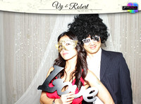10010 - Vy + Robert Wedding Photobooth