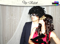 10011 - Vy + Robert Wedding Photobooth